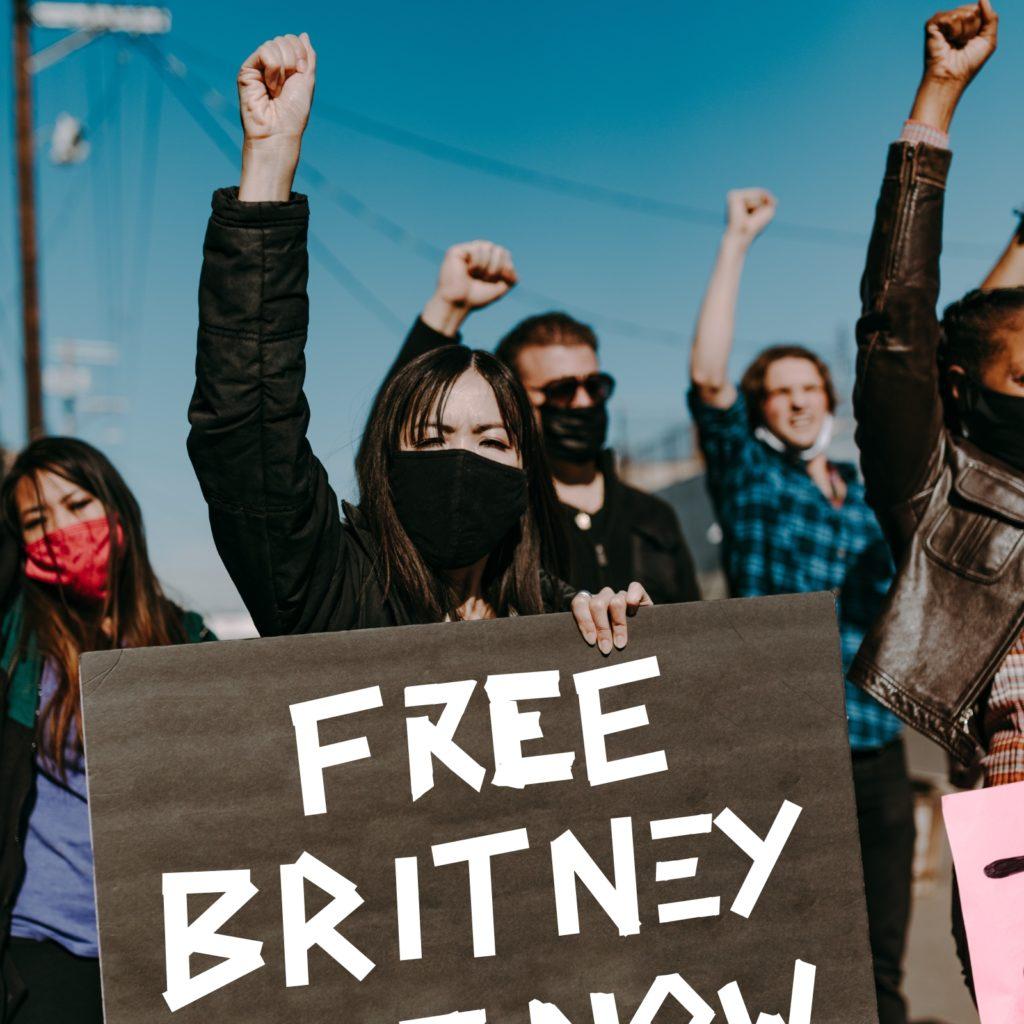 DJNoNo - Riot Britney (Toxic Love Shack ThriftshopXL reboot - B-52's vs Riot Jazz Brass Band mashup bootleg bastard pop remix Free Britney